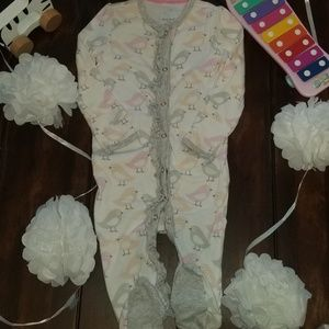 ❤4/$10  Cloud Island footie pajamas
